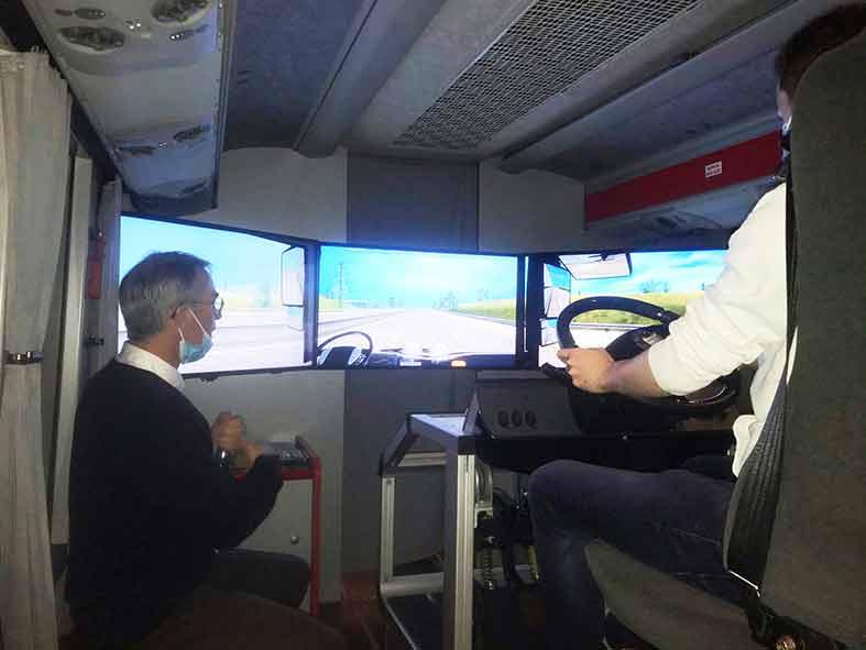 formation-réunir-cassiopée-chauffeur-conducteur-autocar-rolland-bus-et-cars-finistère-simulateur-de-conduite-prévention-des-risques